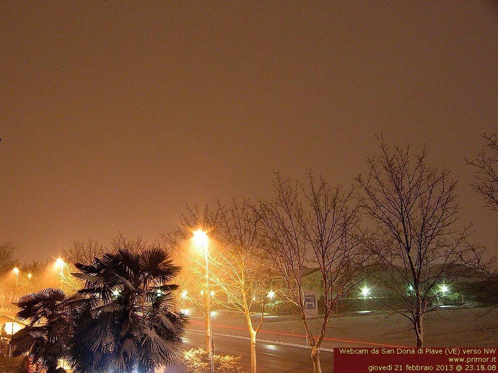Clicca l'immagine per ingrandirla.  Nome: webcam.jpg Visualizzazioni: 13 Dimensione: 219.8 KB ID: 25079