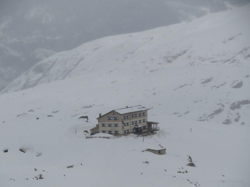 Clicca l'immagine per ingrandirla.  Nome: pale neve 29 giugno 089.jpg Visualizzazioni: 48 Dimensione: 41.2 KB ID: 35093