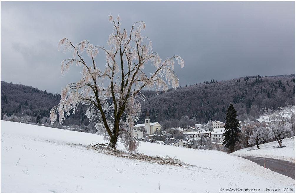 Clicca l'immagine per ingrandirla.  Nome: Kal nad Kanalom, wineandweather.net.jpg Visualizzazioni: 30 Dimensione: 104.0 KB ID: 51920