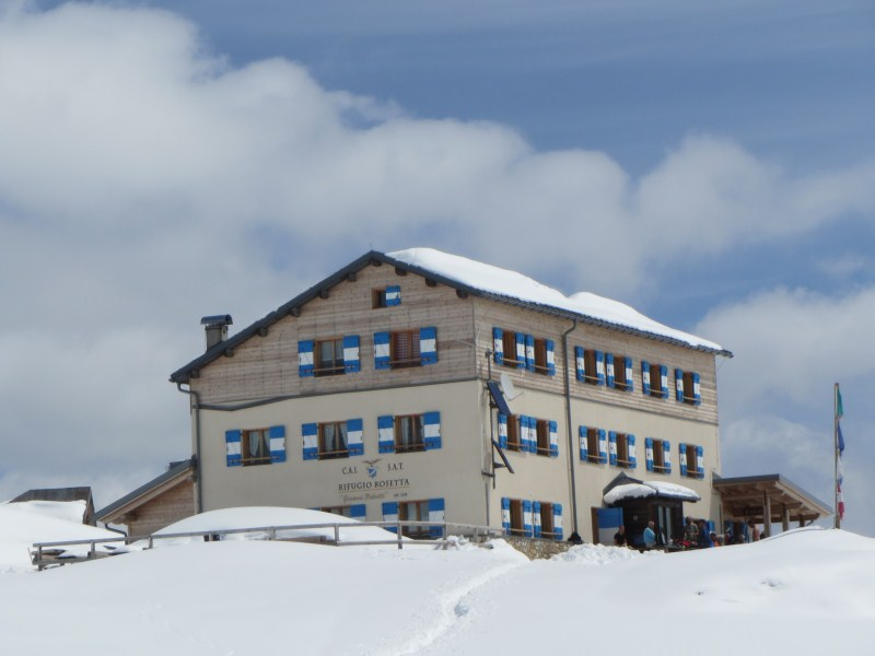 Clicca l'immagine per ingrandirla.  Nome: pale neve 29 giugno 051.jpg Visualizzazioni: 78 Dimensione: 61.4 KB ID: 35081