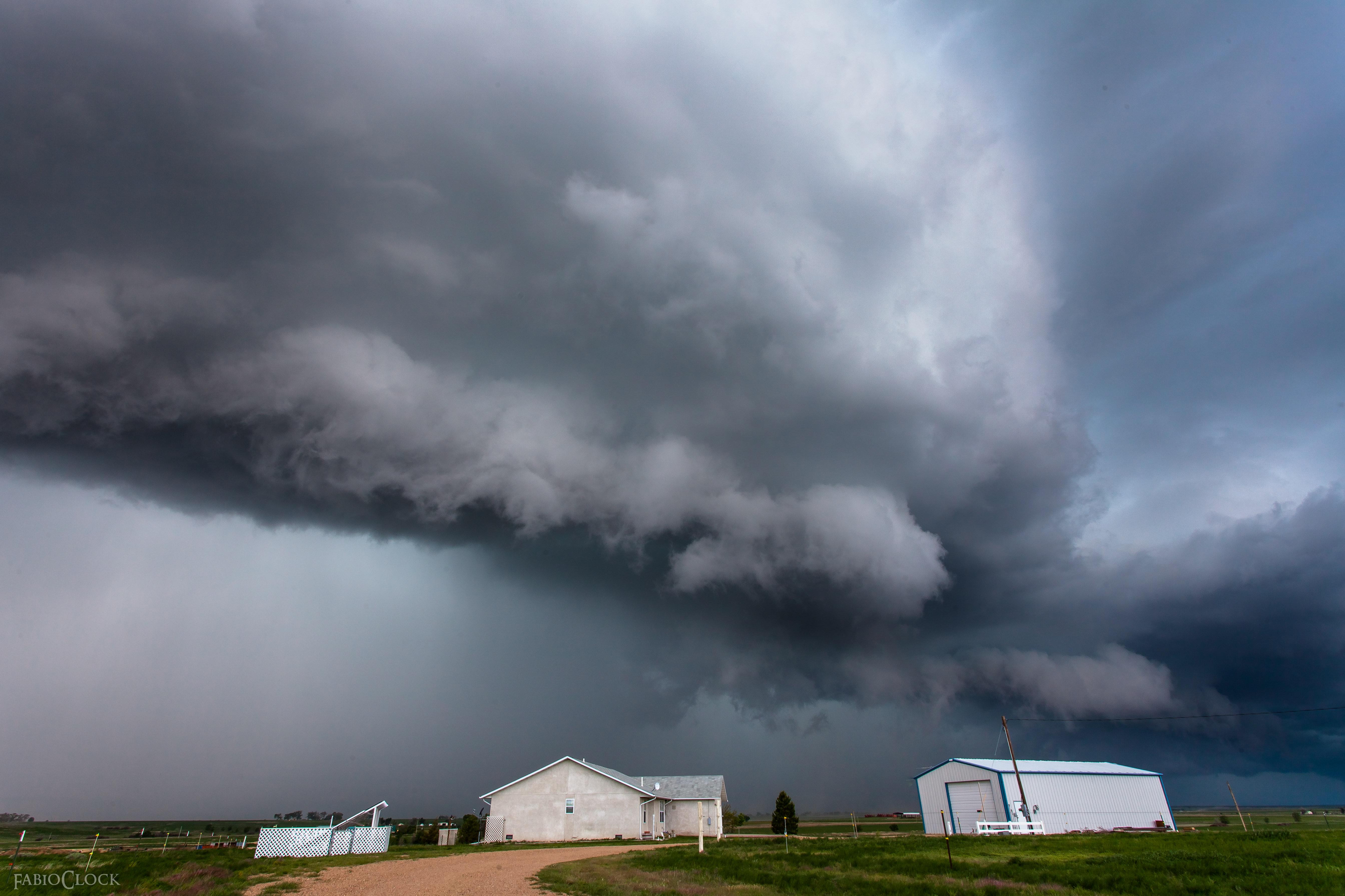 Clicca l'immagine per ingrandirla.  Nome: Tornado Tour 2015-3.jpg Visualizzazioni: 75 Dimensione: 1.58 MB ID: 73290